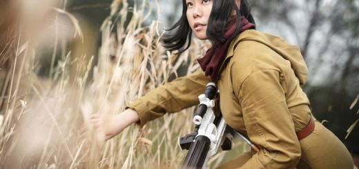 Photo of Jia-Li Cosplay as Rose Tico from The Last Jedi. Photo by So Say We All